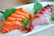 Ngã ngửa với sở thích ăn cá sống ở Nhật Bản