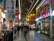 Shinsaibashi Khu thương mại sầm uất của những thương hiệu