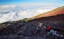 Leo núi Phú Sỹ- hoạt động thú vị bạn không thể bỏ qua khi tới Nhật Bản