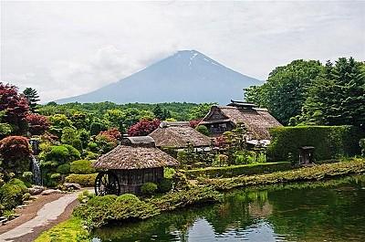 Ghé Thăm Ngôi Làng Cổ Thơ Mộng Oshino Haikka Nhật Bản