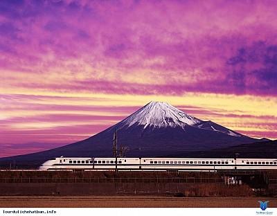 Khám phá 4 tuyến đường sắt nổi tiếng của du lịch Nhật Bản