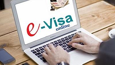 Nhật Bản Dự Định Cấp Visa Điện Tử Cho Du Khách Trong Thời Gian Tới