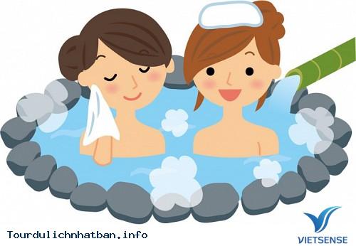 Giải mã khăn đội đầu khi tắm suối nước nóng ở Nhật Bản - Ảnh 1