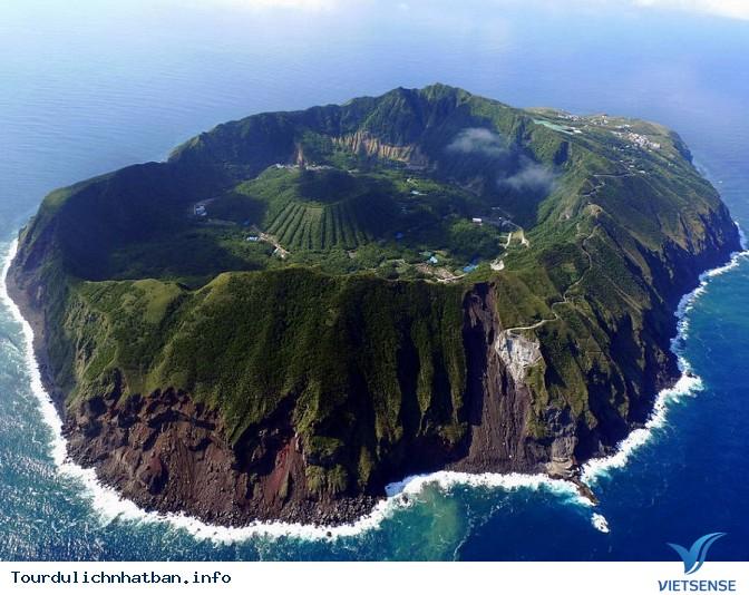 Khám phá vẻ đẹp 5 hòn đảo vô cùng thú vị tại đất nước Nhật Bản - Ảnh 2