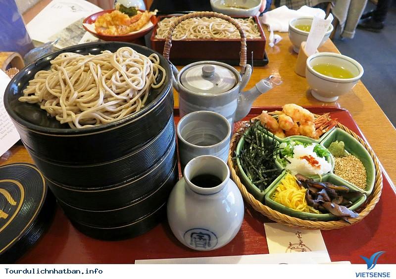Các kiểu nhà hàng truyền thống nổi tiếng ở Nhật Bản - Ảnh 2