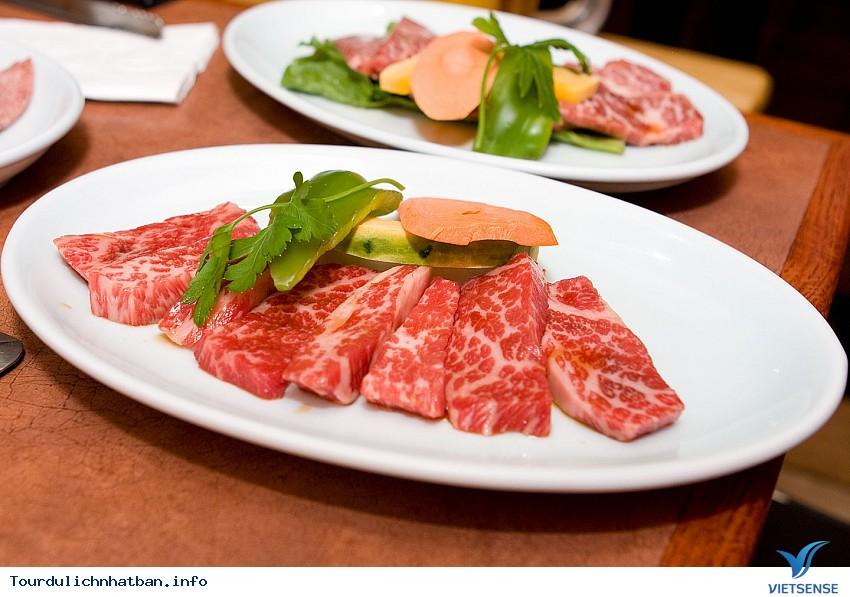 Những món ăn đắt đỏ nổi tiếng gắn mác Nhật Bản - Ảnh 1