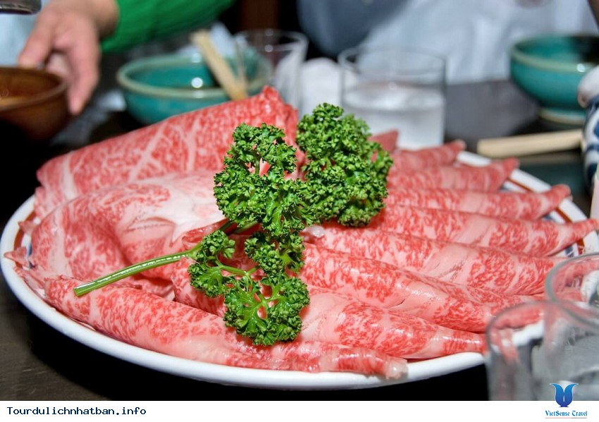Thịt bò Kobe đắt đỏ và tuyệt hảo của Nhật Bản - Ảnh 1