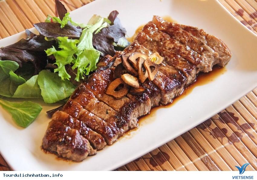 Thịt bò Kobe đắt đỏ và tuyệt hảo của Nhật Bản - Ảnh 2