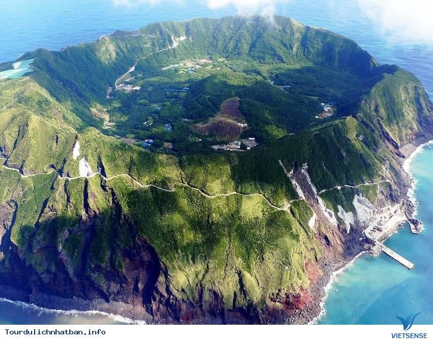 5 hòn đảo hấp dẫn nhất của đất nước mặt trời mọc - Ảnh 3