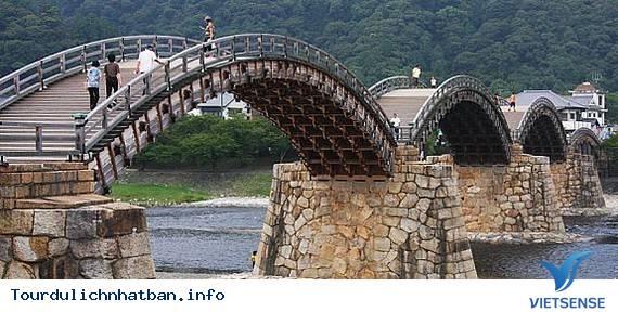 Cây cầu hơn 300 tuổi Kintai Nhật Bản,cay cau hon 300 tuoi kintai nhat ban