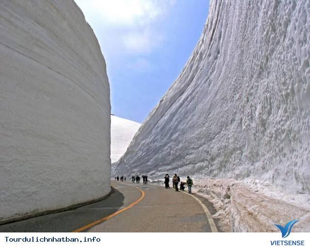 Cung Đường Tuyết Trắng Tại Nhật Bản