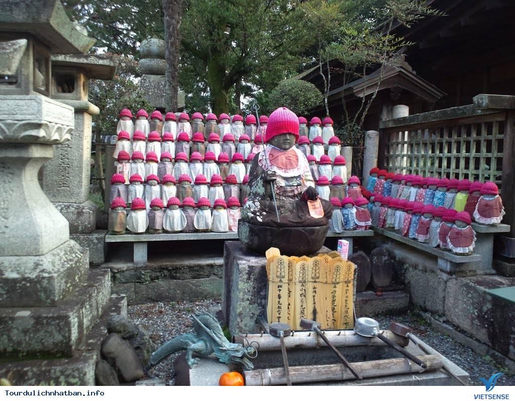 Ghé nơi thờ bầu ngực phụ nữ ở Nhật Bản