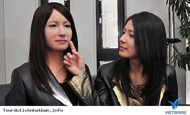 Khách sạn robot đầu tiên trên thế giới ở Nhật Bản sắp khai trương