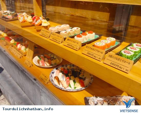 Khi đi du lịch Nhật Bản bạn mua đồ lưu niệm gì? - Ảnh 18