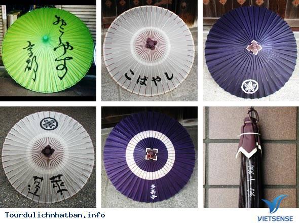 Khi đi du lịch Nhật Bản bạn mua đồ lưu niệm gì