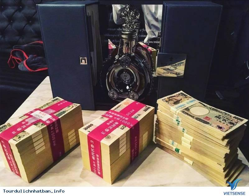 Nghề Geisha Nam Ở Nhật- Cơ Hội Kiếm Tiền Lên Tới 90 Ngàn USD Trong 3 Giờ - Ảnh 1