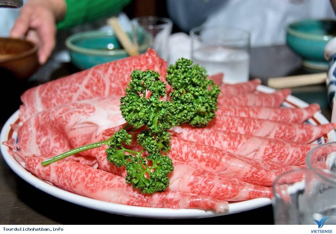 Thịt bò Kobe đắt đỏ và tuyệt hảo của Nhật Bản