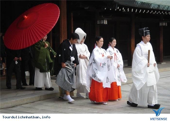 Tìm Hiểu Về Các Trinh Nữ Tế Thần Trong Những Đền Thờ Ở Nhật Bản - Ảnh 2